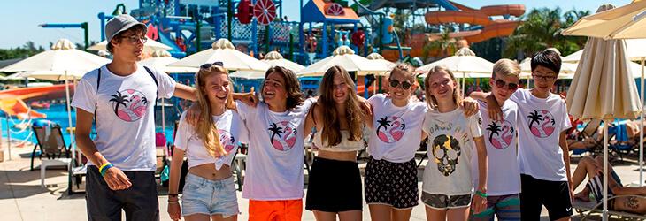 группа счастливых студентов msmstudy