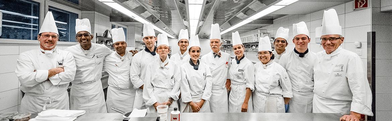 обучение в Швейцарии, на фото повара