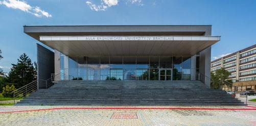 Годовой курс словацкого в EUBA